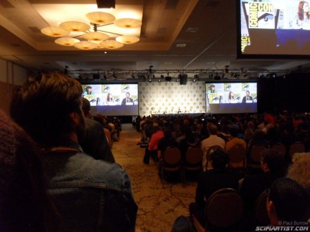 Waiting to ask a question to the Geek & Sundry panelists